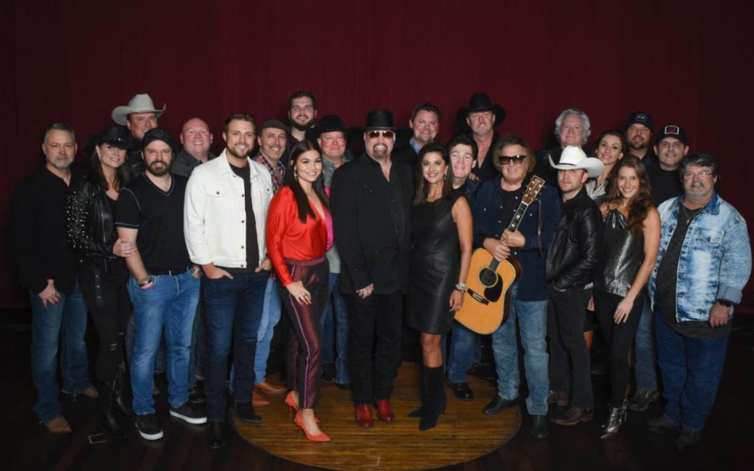 T. Graham Brown Helps Raise Over $200,000 For The Troy Gentry Foundation